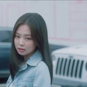 เจนนี่ กับ โฆษณา Samsung Galaxy Note 20 Mystic Red