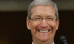 Tim Cook เผย Apple ไม่ได้เลือกจีนเป็นฐานการผลิตเพราะ ค่าจ้างต่ำ