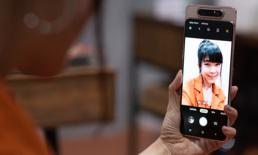 """รีวิว Samsung Galaxy A80 สมาร์ตโฟนจอดี ดีไซน์เลิศ กล้องทั้งฟลิบทั้งสไลด์เกิดมาเพื่อ """"ถ่ายวิดีโอ"""""""