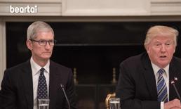 Tim Cook เตือน Donald Trump กำแพงภาษีของสหรัฐจะทำร้าย Apple และช่วย Samsung เสียเอง
