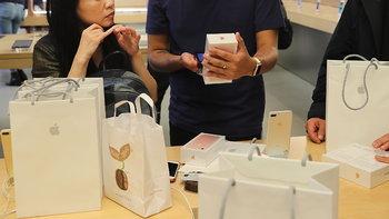 สรุปโปรโมชั่น iPhone 7 ลดราคาส่งท้ายเดือนตุลาคม ก่อนเจอของใหม่เดือนหน้า
