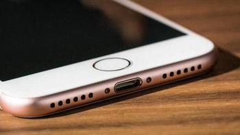 ลือ Apple อาจจะเปลี่ยนที่ชาร์จของ iPhone จาก Lightning Port มาเป็น USB-C ในปี 2019