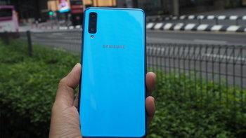 """เคาะราคา """"Samsung Galaxy A7 (2018)"""" อย่างเป็นทางการในไทยแล้ว 10,990 บาทพร้อมกล้องหลัง 3 ตัว สุดคุ้ม!"""