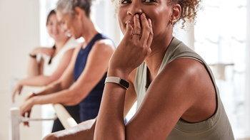 ฟิตบิท เปิดตัว Fitbit Luxe ฟิตเนสแทรคเกอร์เพื่อสุขภาพและร่างกายที่มาพร้อมกับแฟชั่นสุดล้ำ