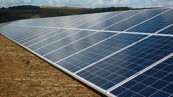 อังกฤษอนุมัติพัฒนาโรงไฟฟ้าพลังงานแสงอาทิตย์ที่ใหญ่ที่สุด 350 MW รองรับบ้าน 91,000 หลัง