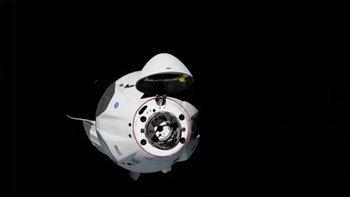 แคปซูล SpaceX Crew Dragon เทียบท่าสถานีอวกาศนานาชาติโดยใช้เวลาไม่ถึง 19 ชม.