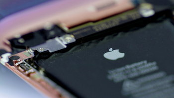 "Apple ยอมจ่าย 3,400 ล้านบาท เพื่อยุติการฟ้องร้องกรณี ""Batterygate"" ลดความเร็ว iPhone รุ่นเก่า"