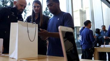 รวมมือถือ(ที่ไม่ใช่ iPhone) พร้อมติดสัญญาและน่าสอยมาใช้ประจำเดือน ตุลาคม 2560