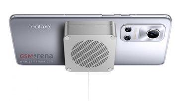 ชมภาพของ realme Flash มือถือรุ่นแรกของ realme ที่รองรับระบบชาร์จไฟไร้สายแบบ แม่เหล็ก