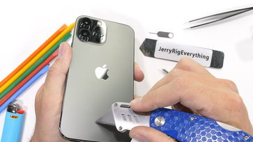 ชมการทดสอบความอึดถึกทนของ iPhone 13 Pro Max จาก YouTuber ขาประจำ