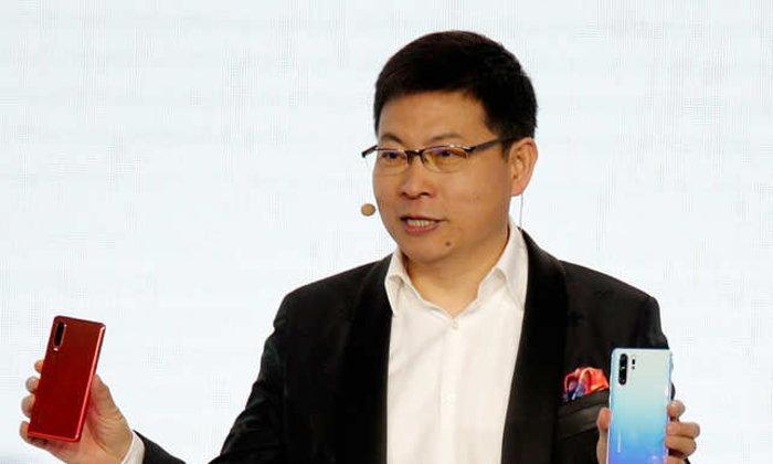 CEO Huawei ชี้แจงรายละเอียดกล้อง P30 พร้อมทิศทางของบริษัท และระบุ Apple หมดมุกนวัตกรรม เป็นแค่ผู้ตามไปแล้ว