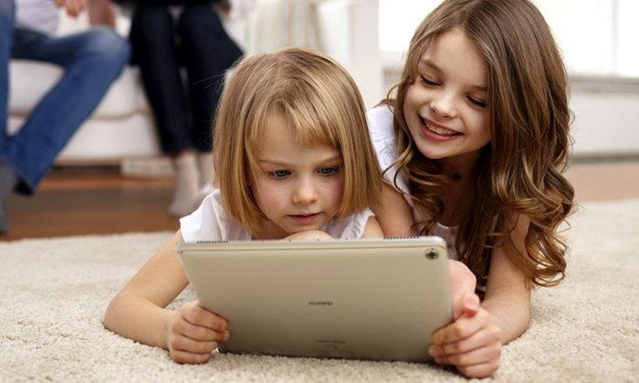 พร้อมขายแล้ว HUAWEI MediaPad M5 Lite 10 แท็บเล็ตตัวจริงเรื่องความบันเทิงจัดเต็ม