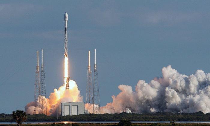 SpaceX เปิดตัว Starlink รุ่นที่ 5 อีก 60 ดวงได้สำเร็จ น่าเสียดายบูสเตอร์ของ Falcon 9 ตกทะเล
