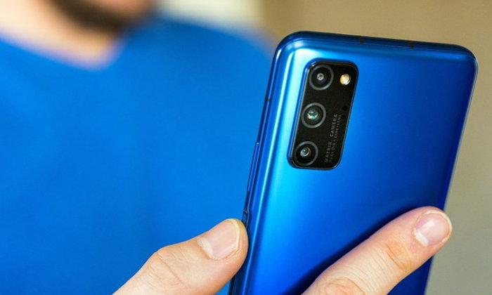 """ตลาดสมาร์ตโฟนประเทศจีน เดือนเมษายน """"มียอดขายเพิ่มขึ้น"""" : เกือบ 40% เป็นสมาร์ตโฟน 5G"""