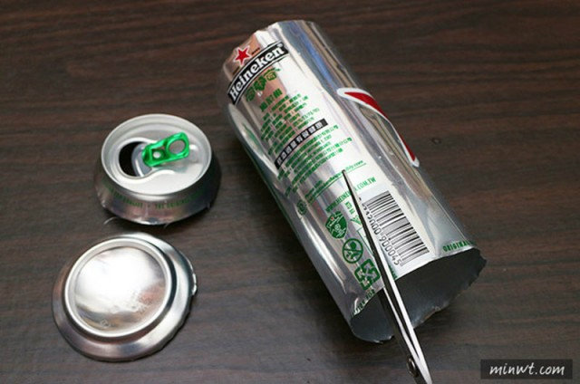 tips-diy-iphone-case-from-aluminium-can-3