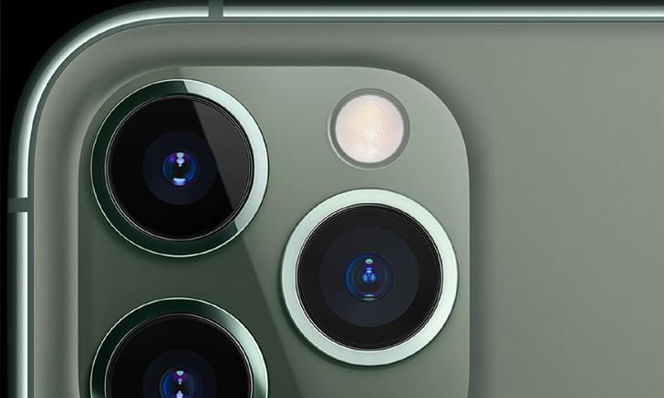 iPhone 12 รุ่นท็อปจะมีหน้าจอขนาดใหญ่ ตัวเครื่องบางลง เซนเซอร์กล้องใหญ่ขึ้นอีก