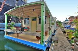 25 แบบบ้านริมน้ำ บ้านลอยน้ำ ตกแต่งสวยงาม