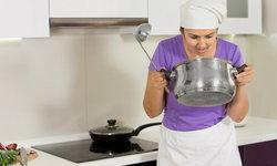 9 วิธีพิชิตกลิ่นอาหารไหม้ ให้บ้านกลับมาหอมสดชื่น