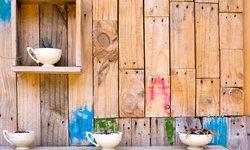 5 วิธีนำไม้พาเลทมาทำผนัง