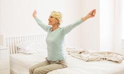 """ปรับ """"ห้องนอน"""" ในบ้านอย่างไรให้ผู้สูงวัยปลอดภัย พักผ่อนเต็มที่"""