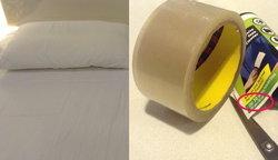 DIY สุดเจ๋ง วิธีทำความสะอาดที่นอนด้วย 'เทปกาว' ขจัดเศษฝุ่น เส้นผม และขนแมวแบบอยู่หมัด