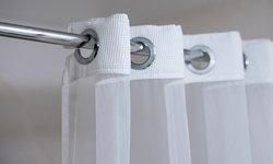 เมื่อเกลือเป็นสูตรเด็ด ที่ช่วยให้ผ้าม่านห้องน้ำ ดูใหม่ขึ้นทันตา