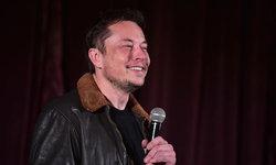 """มหาเศรษฐี """"Elon Musk"""" เกิดไอเดียผลิตอิฐจากดินและโคลน เพื่องานก่อสร้างแบบประหยัด"""