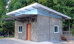 บ้านทรงโมเดิร์นราคาประหยัด ผนังปูนเปลือยขัดมันหลังเล็ก พื้นที่ 25 ตร.ม.งบประมาณ 185,000 บาท