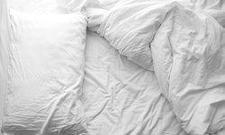 5 สิ่งที่ไม่ควรทำ เมื่อคุณใช้ผ้าปูที่นอนสีขาว