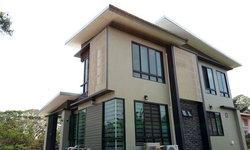 บ้านชั้นครึ่งสไตล์โมเดิร์น ดีไซน์เรขาคณิตสุดทันสมัย 3 ห้องนอน 2 ห้องน้ำ พื้นที่ใช้สอย 158 ตร.ม.