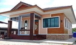 บ้านชั้นเดียวรูปทรงร่วมสมัย บรรยากาศอบอุ่น ดีไซน์คลาสสิกสะดุดตา 2 ห้องนอน 2 ห้องน้ำ