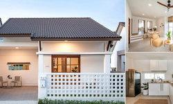 บ้านชั้นเดียวโทนสีขาว กลิ่นอายมินิมอล อัดแน่นไปด้วยบรรยากาศอบอุ่นจากงานไม้