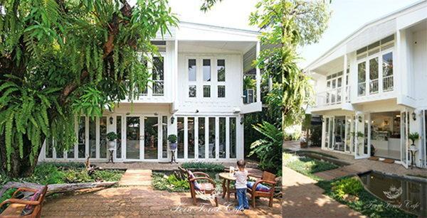 แบบร้านกาแฟสีขาวในสวน จากบ้านไม้เก่า
