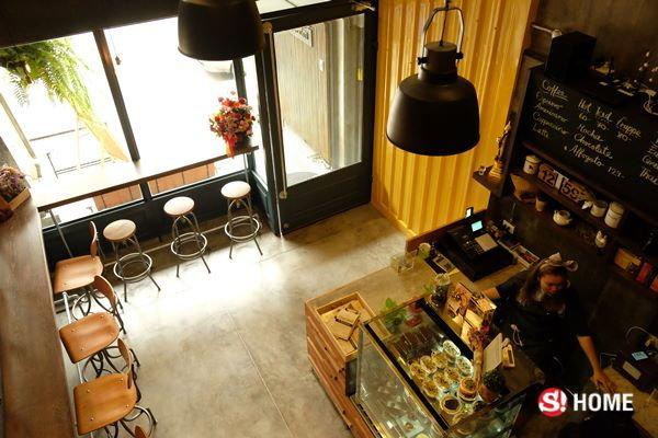 แบบร้านกาแฟ ที่ใช้เป็นบ้านพักในตัว