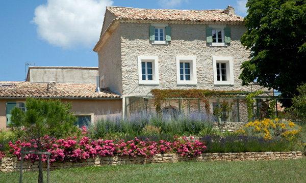 จัดสวนแบบ Provence กลิ่นอายชนบทฝรั่งเศส