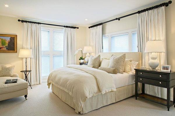 ห้องนอนโทนสีขาว เอาใจคนรักความเป็นระเบียบ เรียบหรู