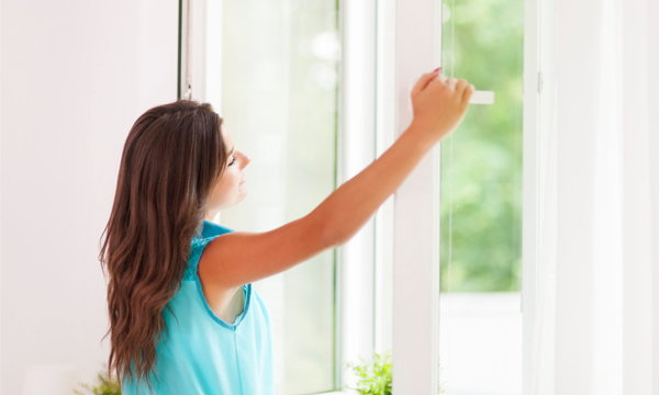 """4 วิธีง่ายๆ ทำอย่างไรให้  """"ลม"""" เข้าบ้าน"""