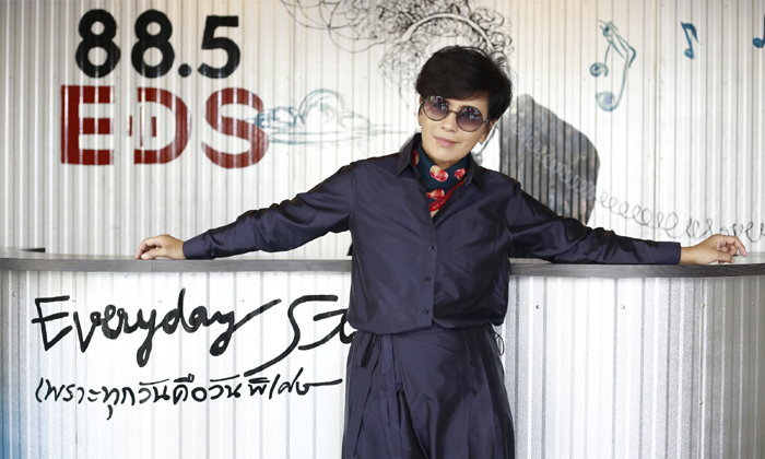 """สตูดิโอ 888 ออฟฟิศคนรักเสียงเพลงของ """"เปิ้ล หัทยา"""""""