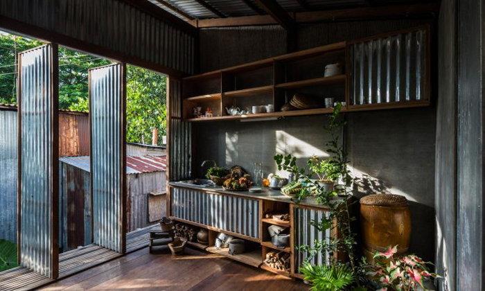 แบบบ้านไม้-สังกะสี เปิดโล่ง โมเดิร์นร่วมสมัย เข้ากับอากาศ AEC