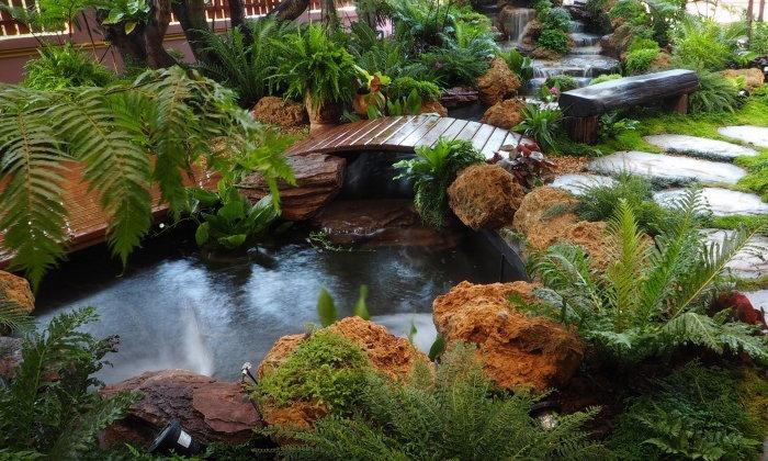เคล็ดลับออกแบบสวนให้น่ารื่นรมย์ ด้วยบ่อปลาคาร์ฟ