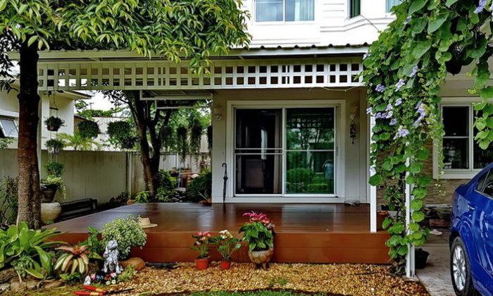 """แชร์ไอเดีย """"หลังคาคลุมระเบียงบ้าน"""" ให้คุณได้นั่งเล่นชมสวน แบบไม่ต้องกังวลเรื่องเปียกฝนหรือแดดร้อน"""