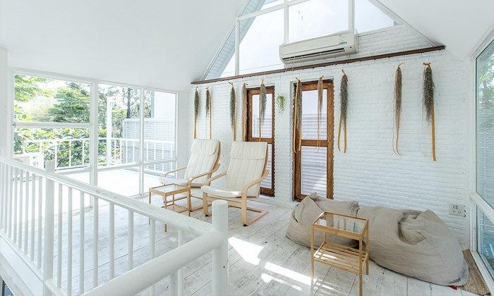 บอกลาบ้านสีขาวที่เรียบเชย ด้วยไอเดียเติมเสน่ห์ให้บ้านสีขาว