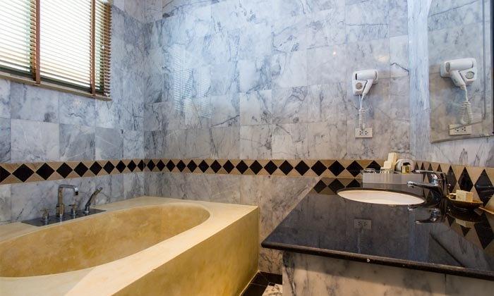 วิธีเลือกอ่างอาบน้ำให้ห้องน้ำขนาดเล็ก