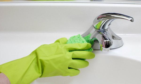 วิธีทำความสะอาด 6 จุดสุดยี้ในห้องน้ำ