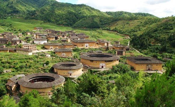 บ้านดินชาวแคะ มรดกโลกของจีน