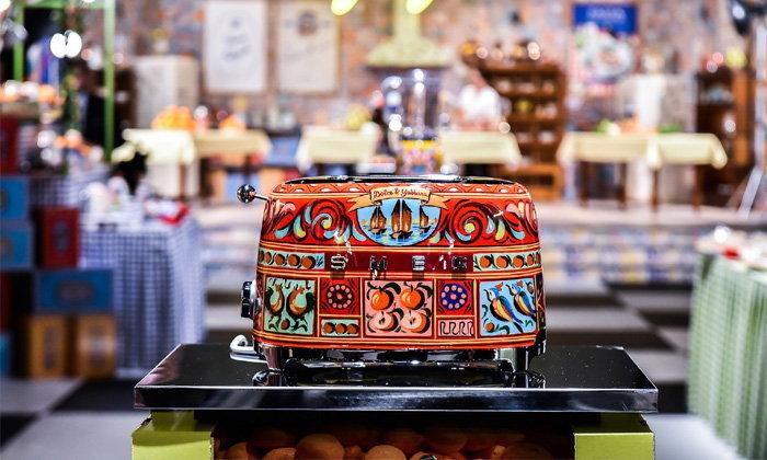 ครัวปังกว่าเดิม D&G จับมือ SMEG ออกชุดเครื่องครัวคอลเลคชั่น 'Sicily Is My Love'