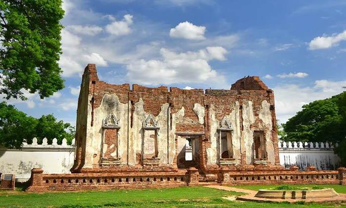 'ตึกพระเจ้าเหา' ตึกที่แสดงถึงสถาปัตยกรรมสมัยสมเด็จพระนารายณ์ฯ อย่างแท้จริง