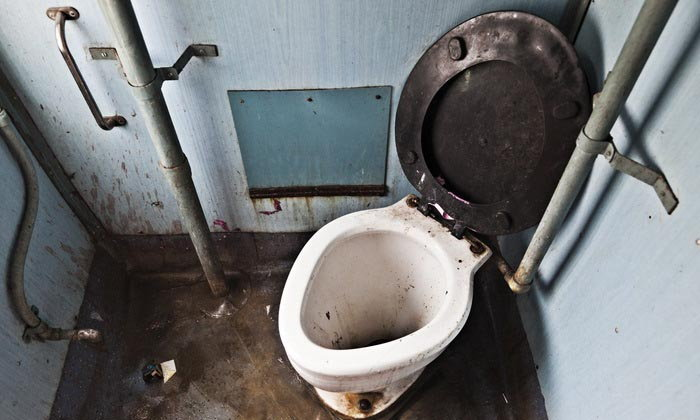 สกปรกเหรอ ไหวอยู่  7 ขั้นตอนทำความสะอาดห้องน้ำอย่างล้ำลึก