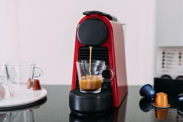 เครื่องชง Nespresso ใช้งานง่ายเพียงใส่ Nespresso Capsule