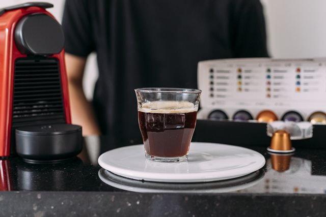 เพลิดเพลินไปกับสูตรชงกาแฟร้อนและวิธีชงกาแฟดำด้วย Nespresso Capsule